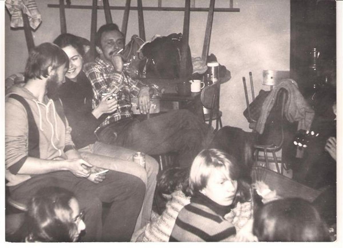 Grupa XXVI LO z papierosem M.Giziński